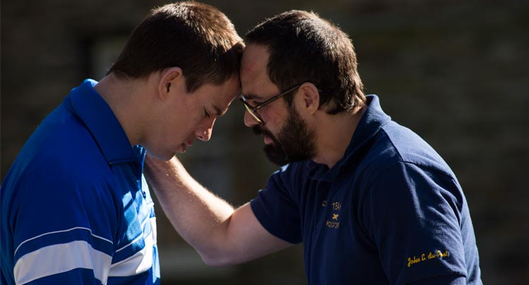 First Clip From 'Foxcatcher' Featuring Channing Tatum and Steve Carell