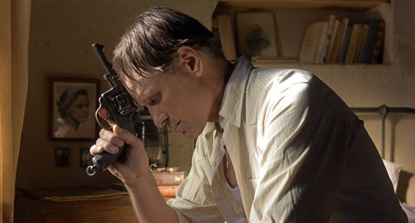 Viggo Mortenson Shows Off His Linguistic Skills in Venice/TIFF Film 'Far From Men'